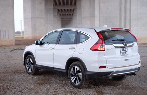 Honda-CR-V-2015-doi-dau-mazda-cx-5-2