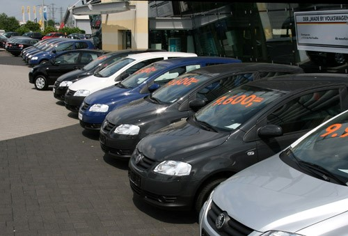 Cách mua xe oto cũ giá rẻ dưới 600 triệu