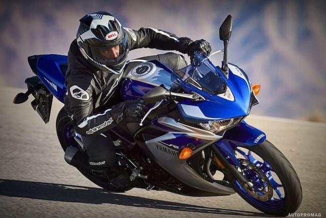 Yamaha R3 chính hãng tại Việt Nam giá chỉ 150 triệu
